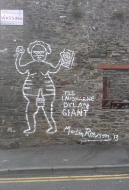 Dylan Thomas mural in Laugharne © Martin Rowson