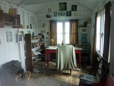 Dylan's writing shed at Laugharne