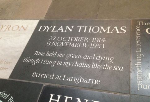 Dylan_Thomas_Poets_Corner_Westminster_Abbey,